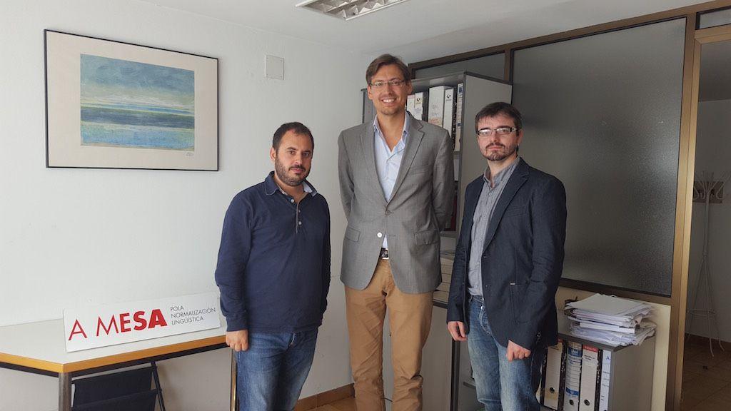 XENERA (A vaquiña polo que vale) recibe os parabéns de A Mesa pola Normalización Lingüística