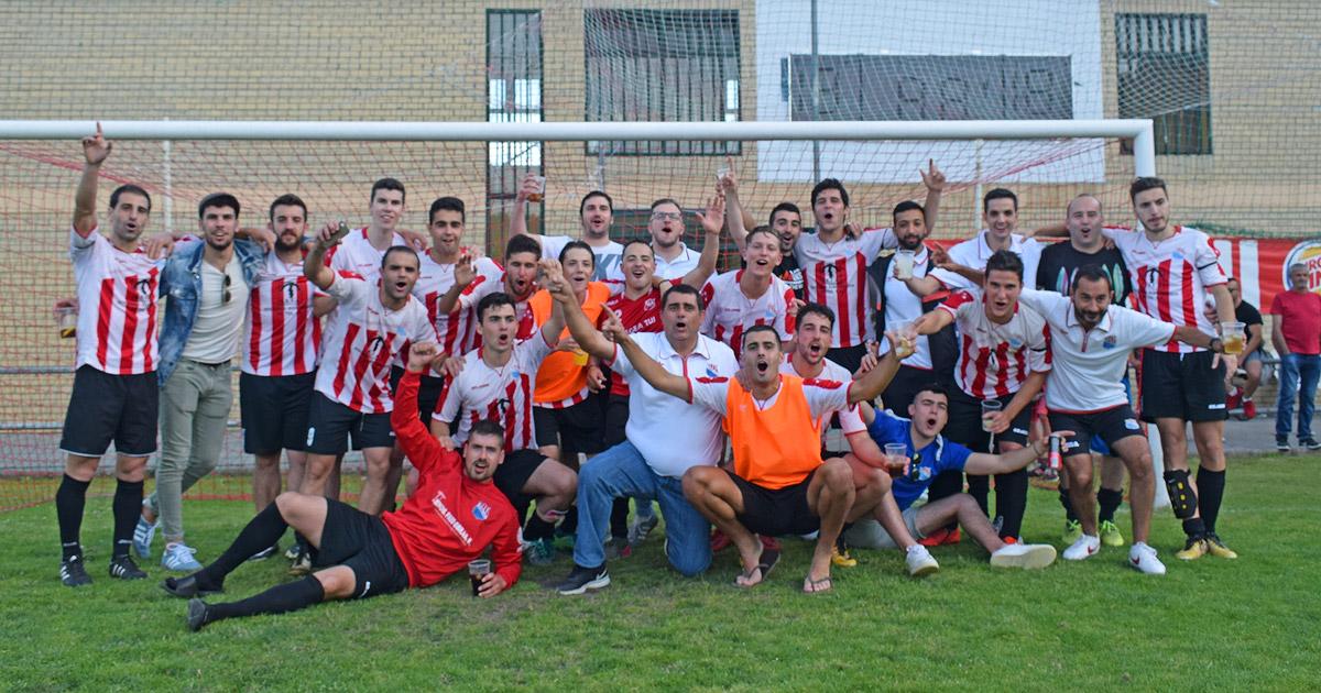 TYDE F.C. celebra o ascenso