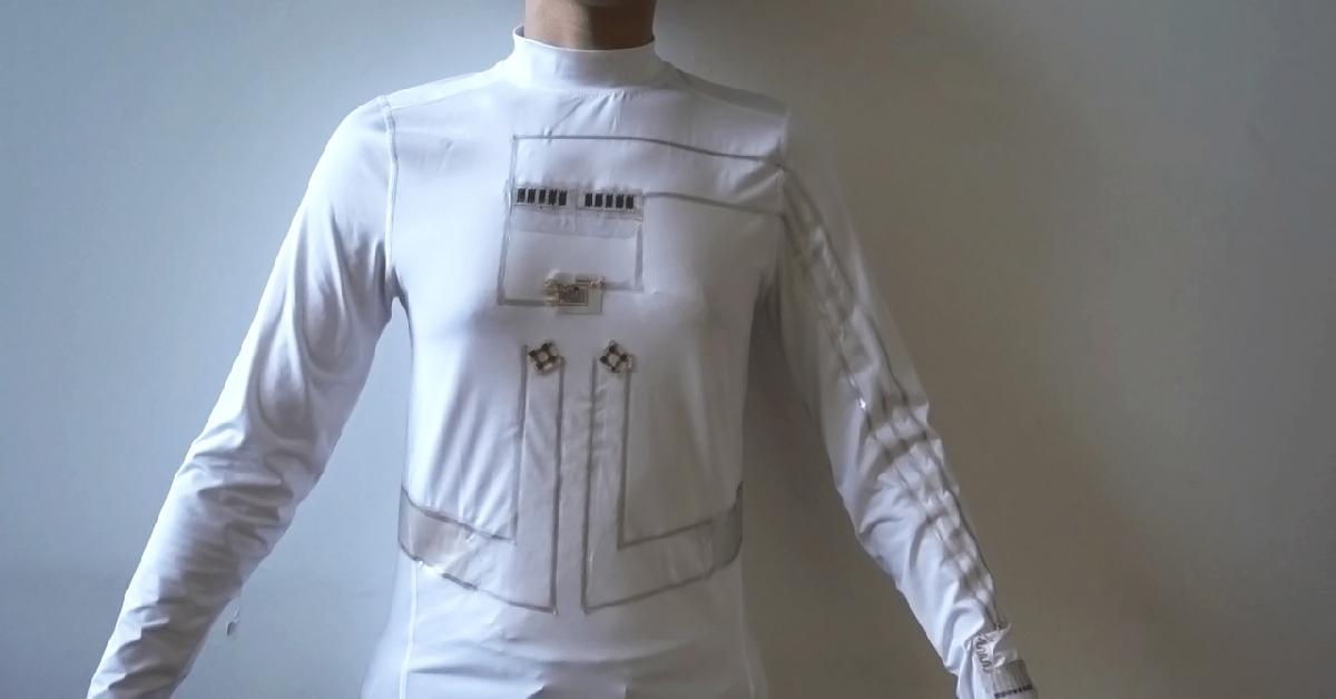 camiseta que genera electricidad